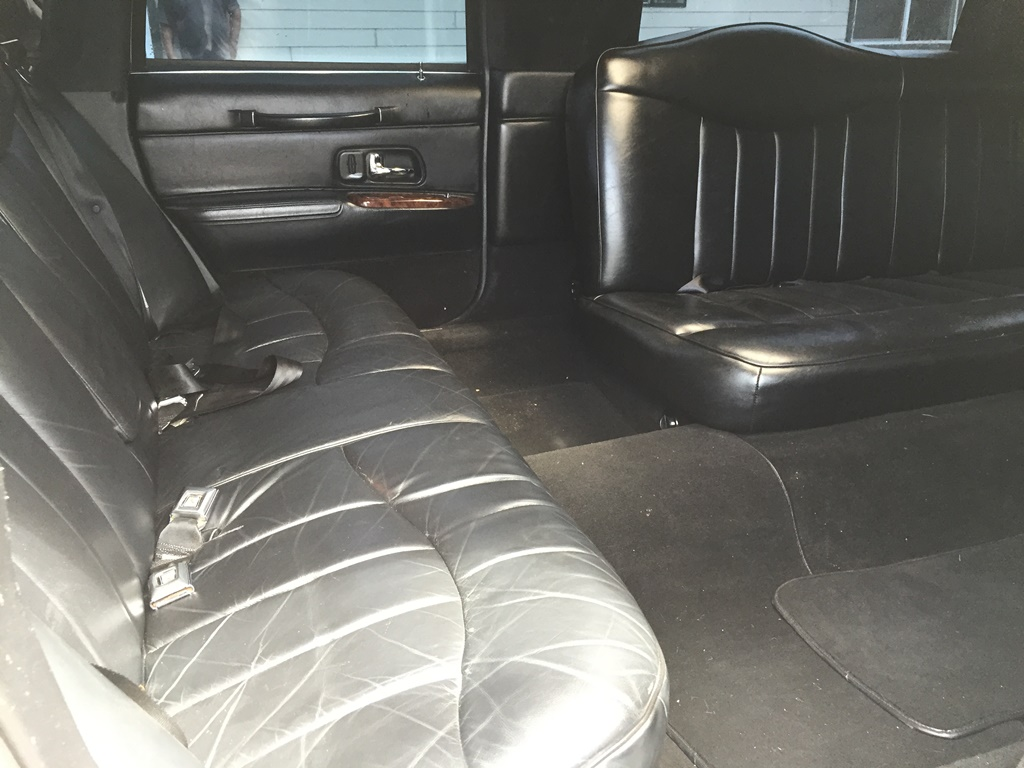 Lucky Collector Car Auctions Lot 259 1997 Lincoln Town Car Limo