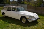 Lot 138- 1972 Citroen DS21 Estate Wagon (27).jpg