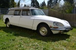 Lot 138- 1972 Citroen DS21 Estate Wagon (28).jpg